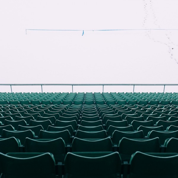 chairs-923257_1280